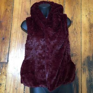 Me Jane 100% faux fur soft and elegant vest